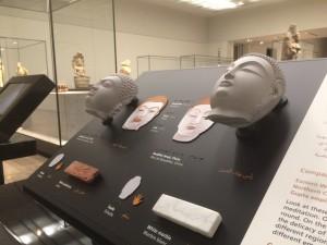 Bouddha Indu et chinois -Louvre Abu Dhabi 2017