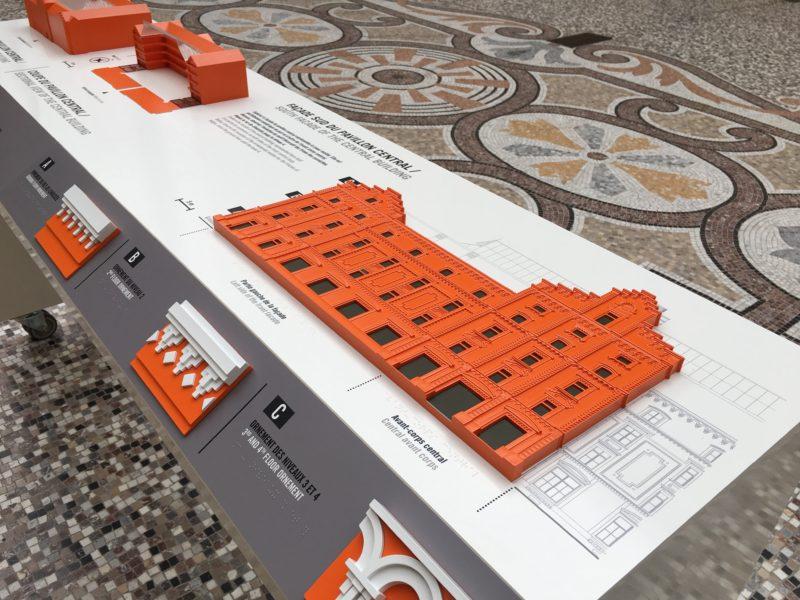 Familistère de Guise 2017 Maquette tactile en relief de la façade du Pavillon Central