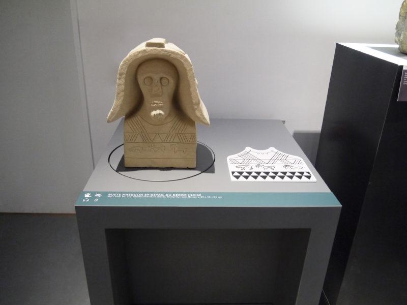Buste de Sainte Anastasie, époque gauloise, Musée de la Romanité de Nîmes. Objet tactile accessible sculpté en pierre calcaire dans nos ateliers.